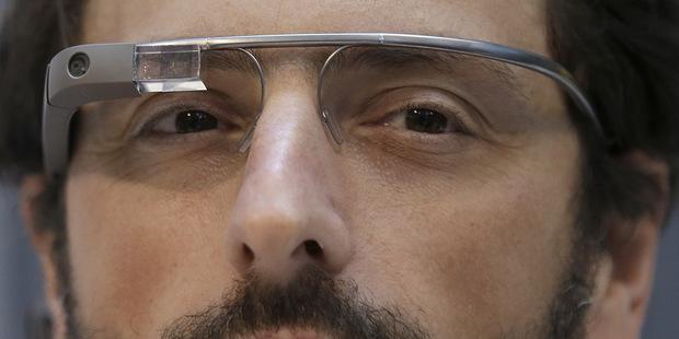 Internet v hodinkách a okuliaroch – zabudneme na smartfóny?
