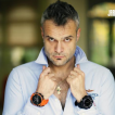 OFFSHORE LIMITED – hodinky obklopené slávnymi osobnosťami